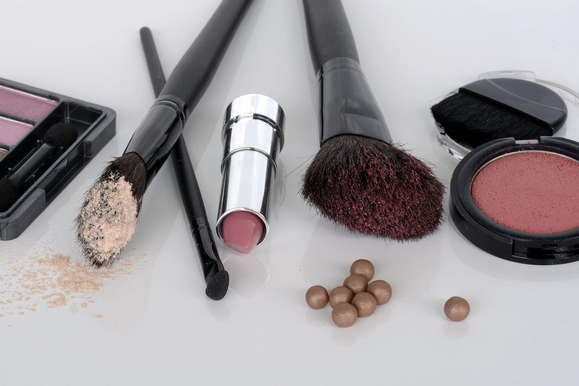 Cosmetics 1367779 1920